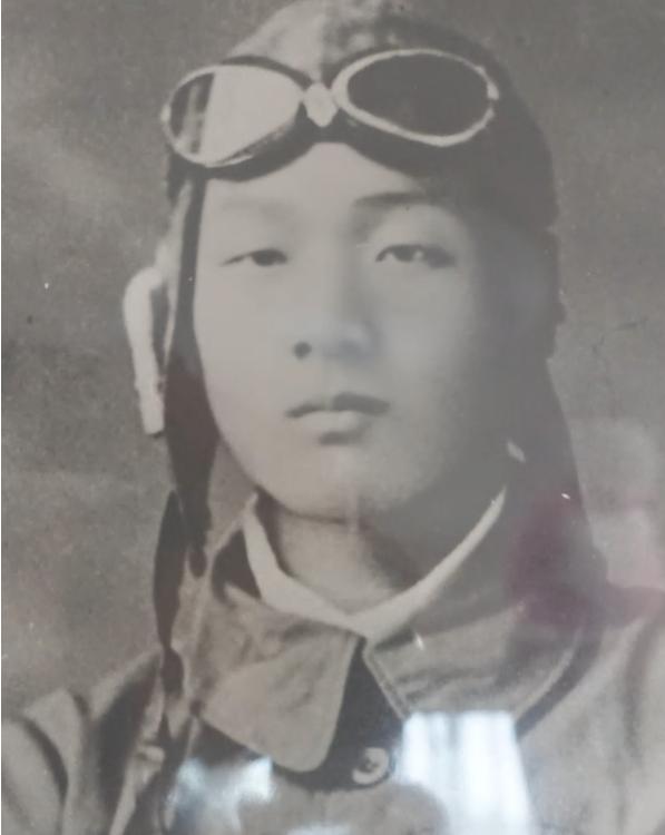 昭和の日は、特攻隊で散った伯父を偲ぶ日